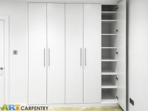 Contemporary style 5 plain doors fitted wardrobe with LED lighting