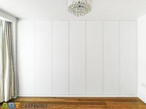 7 Plain Doors contemporary style Wardrobe